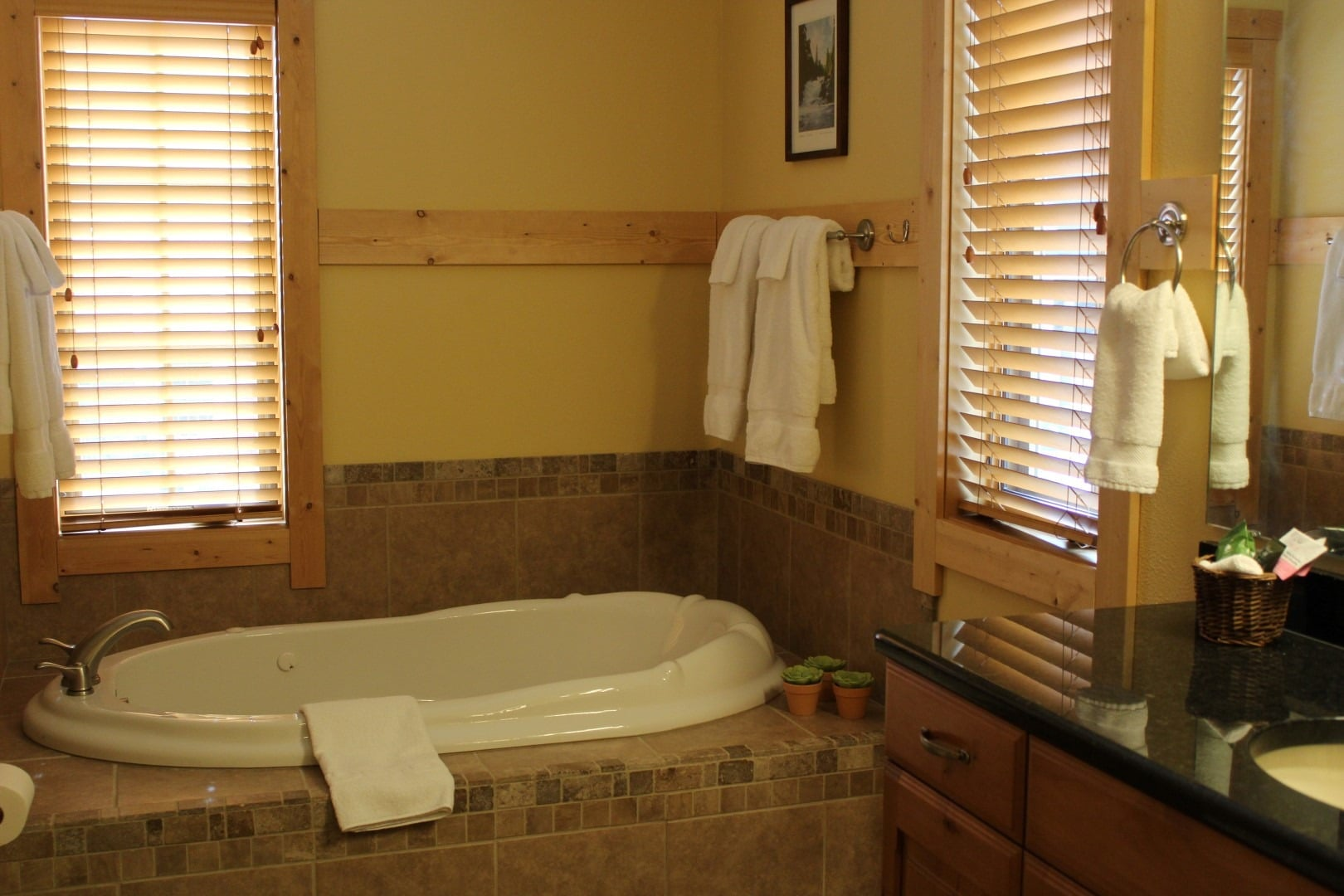 524 master Bath 1