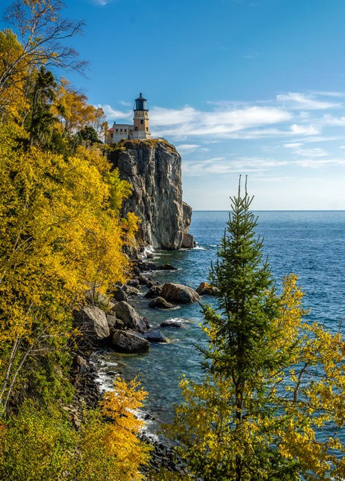 Split Rock Lighthouse Near Cove Point Lodge