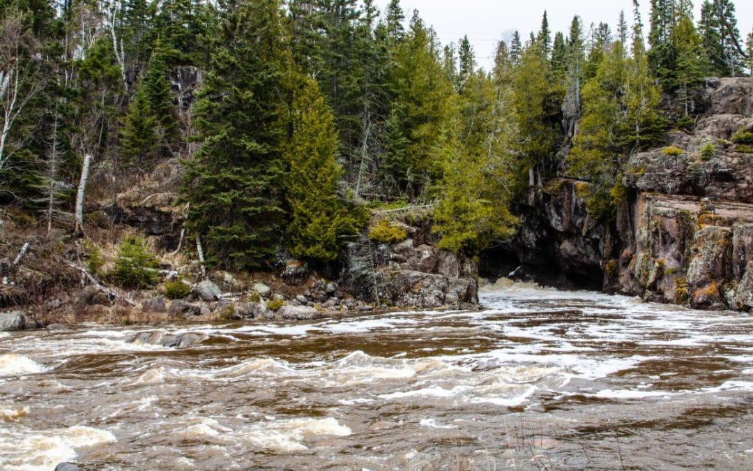 Chasing Waterfalls – Temperance River State Park