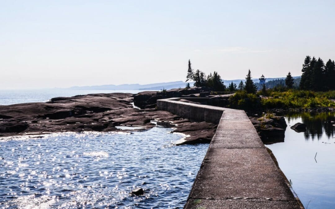 Day Tripping to Artists Point | North Shore Adventure